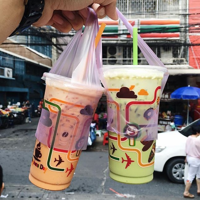 Had the best Thai milk tea from this stall located at Phetchaburi Soi 19, right outside 7-11 (second 7-11 along this road).
