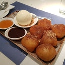Greek fried Donuts