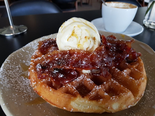 Candied Bacon Waffle ($14.5)
