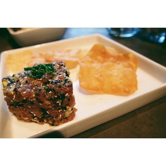 Avocado wasabi tuna tartare with flour chips