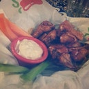 Cravings satisfied ♡ #buffalowings #chilis #saturdate #cravings #foodie #foodtography #foodcoma #nomnom