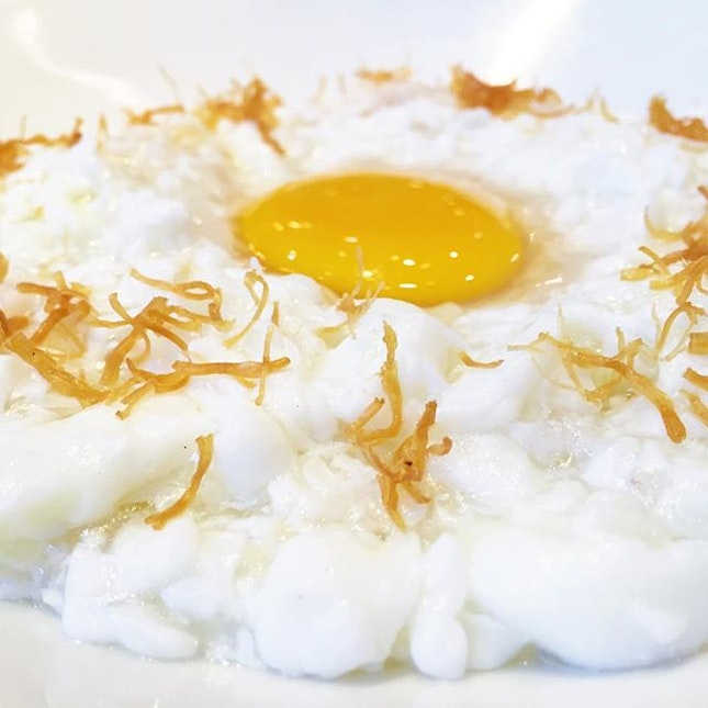 Sautéed Egg White with Conpoy & Fish Meat