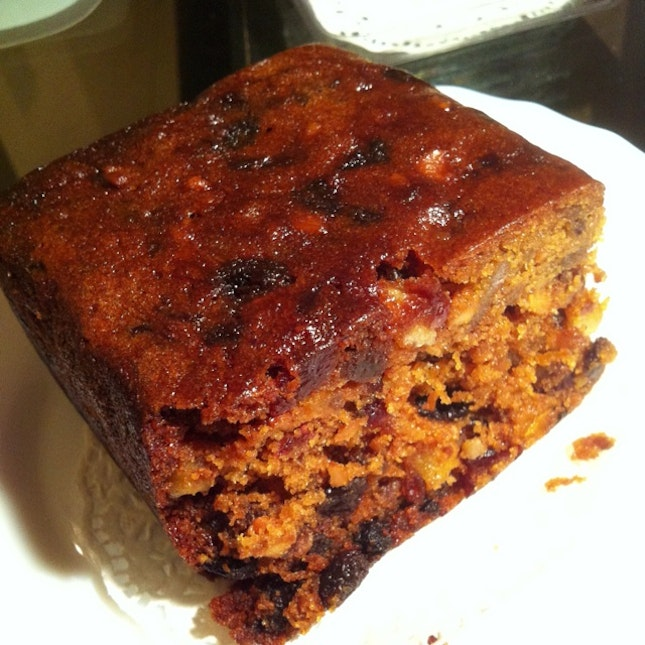 Home Surprise, Yummy XO Fruit Cake With Generous Grapes & Tangerine