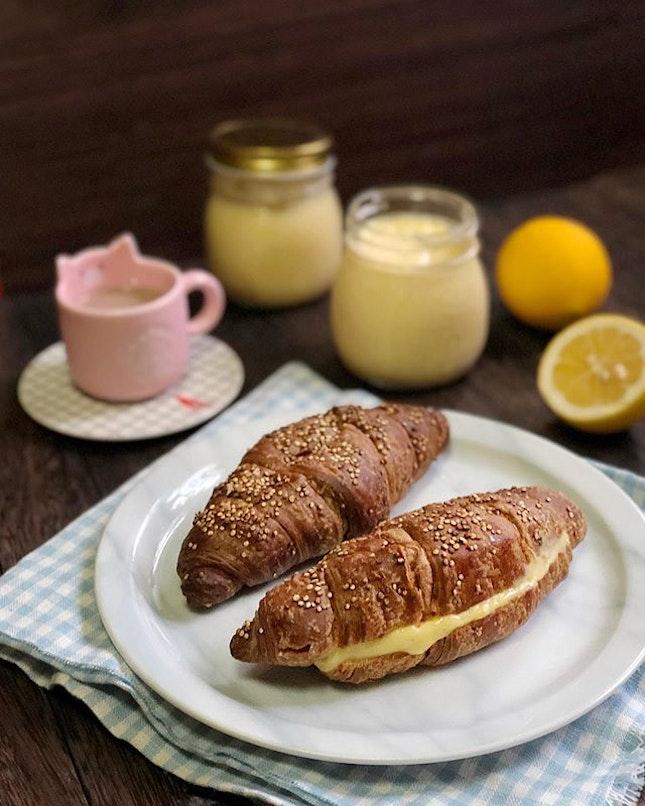 When life gives you lemons, make lemon cream!