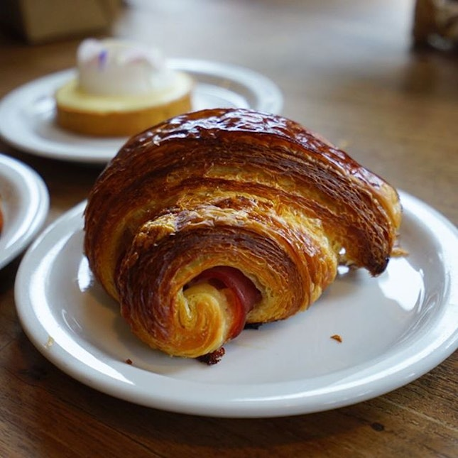 Waiting for my Prata brekkie this morning and missing the incredible bakes from Tartine, SF.
