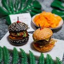 28 May is International #Burger Day 🍔🎉, and you'll get to enjoy the 'Twice the Spice' Mini Burger Duo (Mini Five-Spice Beef Burger with Homemade Achar by Exec Chef Vincent Aw of Ginger, and Mini Sichuan Mala Chicken Burger with Seasoned Potatoes and Fresh Greens in a Charcoal Sesame Bun by Exec Chef Zeng Feng of @sichuandouhua_sg at just S$1*!