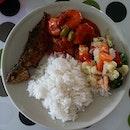 Todays #lunch #sambaludangpetai #sayurgoreng #ikangoreng #foodie #foodporn #homecooked #whatieattoday #nomnom