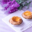 Bakery from across the causeway with their 206 layers egg tarts are OFFICIALLY open today!