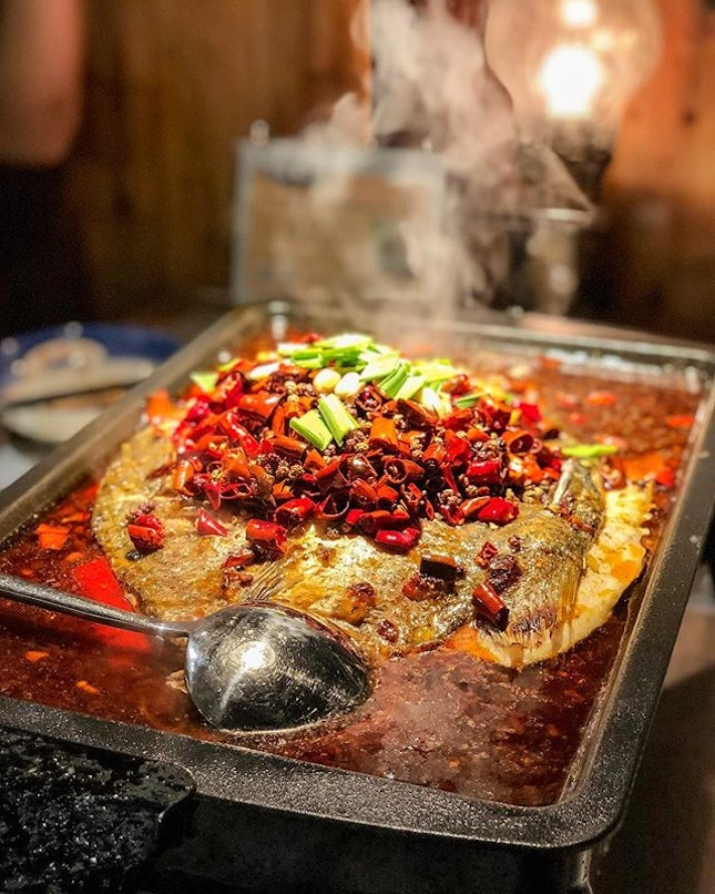Virgin experience with this steamy pot of spicy fish - its fire will definitely warm you up from the inside of ya belly 🔥 Prices are based on the type of fish you've picked - our choice was the Sea Bass at $32.90.