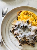 Sour Dough Bread with Creamy Mushroom (plus Scrambled Egg)