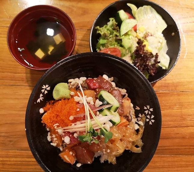 Sashimi bowl.