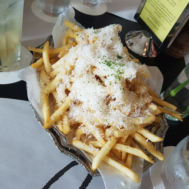 P.S. Cafe Truffle Fries