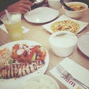 Tom Yam / Bbq Seafood Platter / Mango Salad