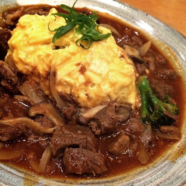 Hayashi Gyusuji Garlic Omu Rice