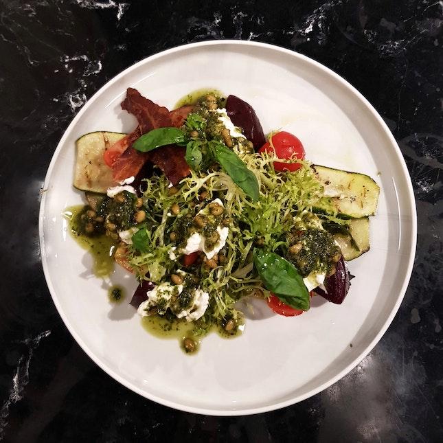 Hurrays Caprese Salad