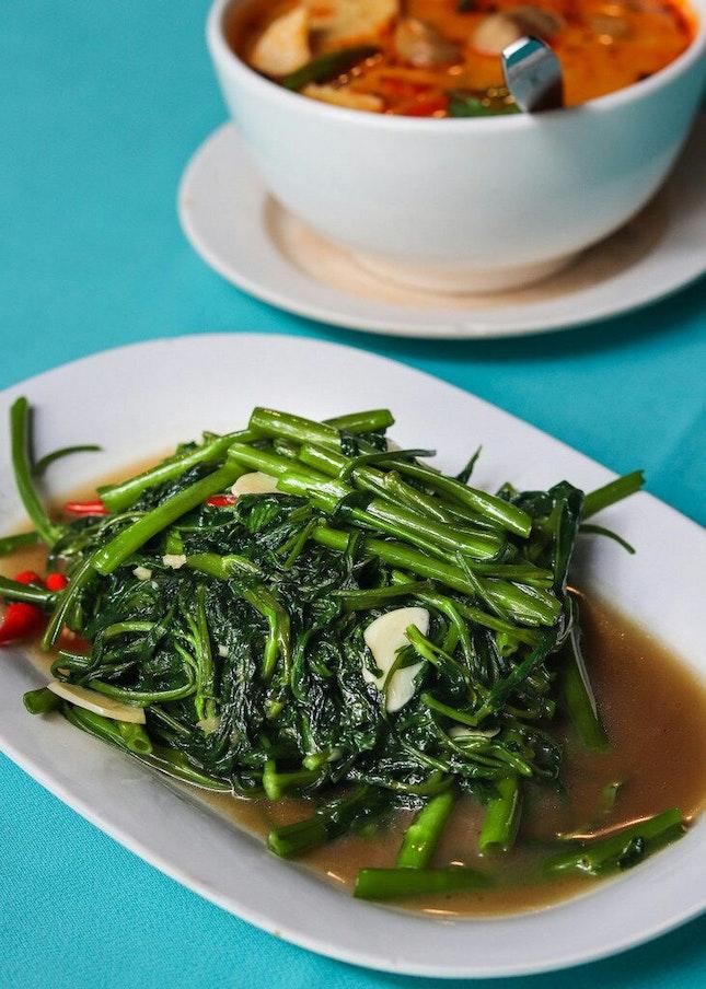 A Popular Local Haunt for Thai Cuisine