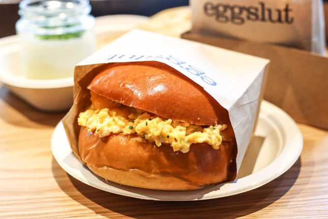 Popular LA Egg Sandwich Chain Opens Its First Southeast Asian Outlet in Scotts Square