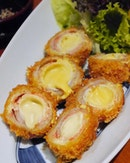 Mentaiko & Uzara Tamago Buta Maki Age ($11.80++) Another dish highlighting mentaiko, diners can enjoy quail eggs wrapped with thinly sliced pork and spicy cod roe, which are coated with breadcrumbs and deep-fried to golden perfection!