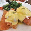 Love the eggs royale here 😍🍴