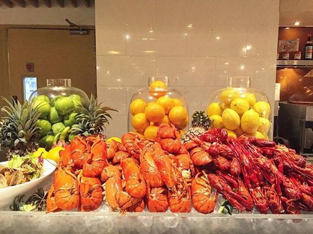 Lobster & Crab Buffet #getintomybelly .