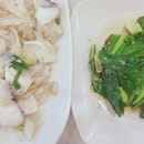 slice fish horfun by junior pang and thai style kailan (must try!) by daddy pang.