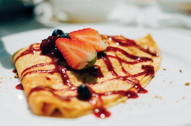 Berry Sweet Crêpe