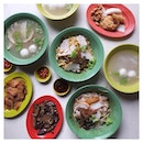 Feasting up yesterday with fellow TMs on our part 2 trail of #JalanJalanBesarDay for #BurppleJalanBesar!