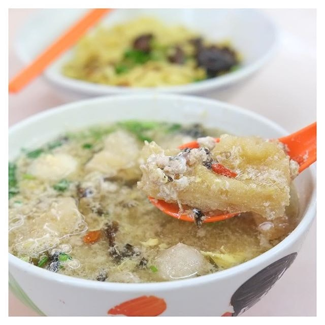 Not just your average Ba Chor Mee, but Ding Ji has a zhng-ed version that comes with fish maw!