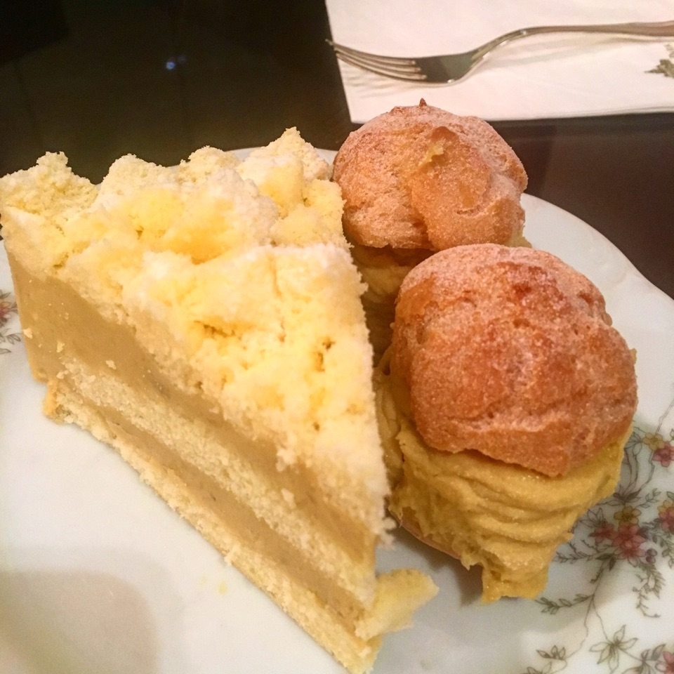 Durian Moose Cake And Durian Puff