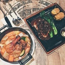 Tonight's 🐷🐥 // 👍🏻 #burpple #sgfood #threelittlepigs
