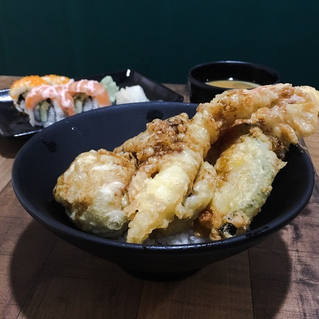 Tendon + Sushi Set