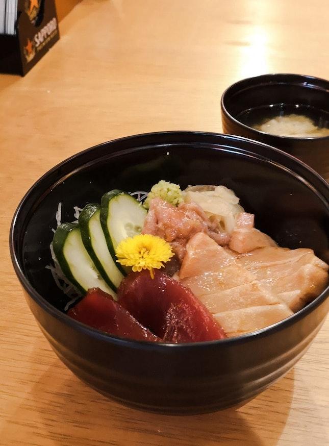 3 Kinds of Marinated Tuna Rice Bowl