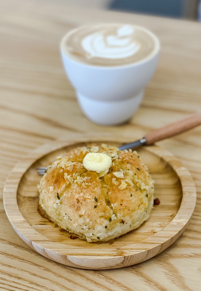 Cream Cheese Garlic Buns