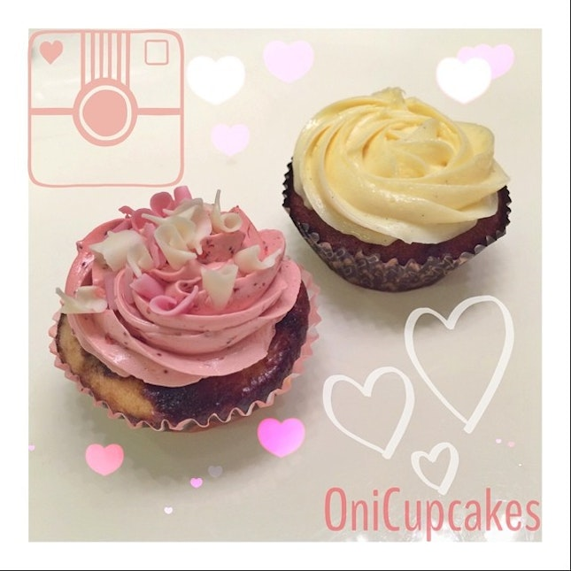 😋 Ended my mid-week with 3 yummy cupcakes from @onicupcakes ❤️🎀 Irene, I have finished all 3 despite a heavy dinner!