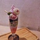 NEW: [SPRING SPECIAL] 💓🌸 1️⃣ Sakura Parfait 🌸🍦 • pretty shades of pink, handmade with 3-colours of shiratama dango, & homemade sakura jellies, layered with genmai, along with brownies and a Sakura macaron atop.