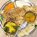 Bollywood Breakfast Goal-ed with Masala Dosa 🍴  @igsg #igsg #singapore #foodpornasia @burpple #burpple #setheats #eatoutsg #sgfood #foodsg #sgfoodie #singaporefood #singaporeeats #hawkerfood #hawkerfare #eatlocal #jiaklocal @sgfoodie @singaporeeats #breakfast #brunch @hungrygowhere #hungrygowhere #madrasnewwoodlands #dosa #indiancuisine