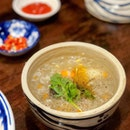 Sup Cua - Seafood and Chicken Thick Soup [$7.90]