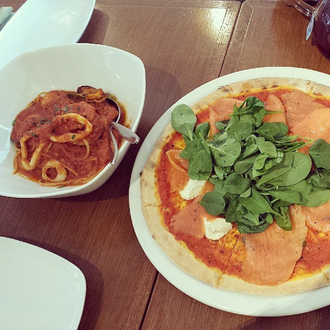 Seafood Marinara and Smoked Salmon with Spinach & Mascarpone cheese.