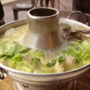 All time favourite. Teochew fish head steamboat since childhood days! Yumz