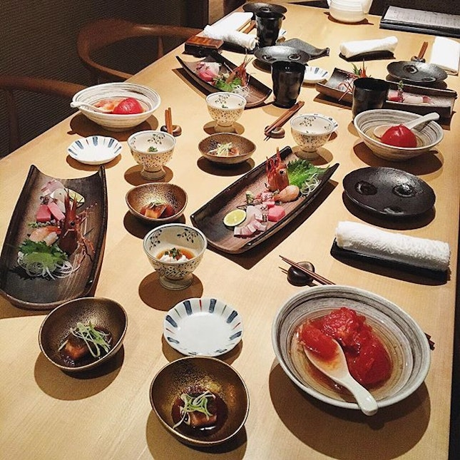 Indulging in an omakase dinner at Ginza Yoshihiro in awesome company.
