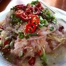 Sashimi salad - Chinese style.