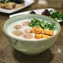 This weather calls for some handmade meatball congee with dimsum and roasts pls!