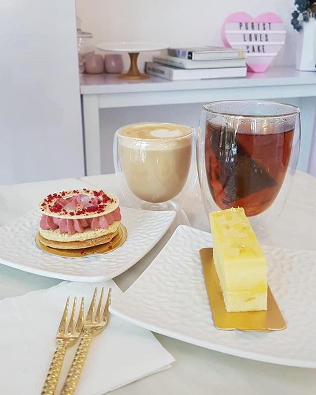 Cakes and drinks.
