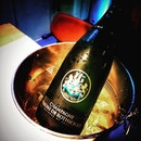 Hiak hiak this is easily one of the best champagne that I have tried.
