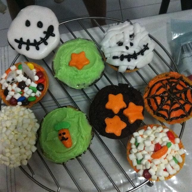 Halloween Themed Cupcakes I Made!