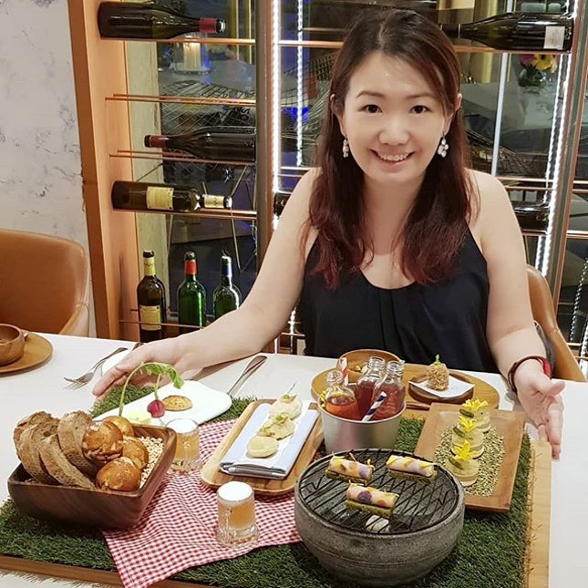 Throwback to our delicious and fun meal at Curate in Resorts World Sentosa.