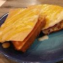 Savoury waffles - Ham and cheese.