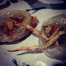Enjoying crabs in the bag?