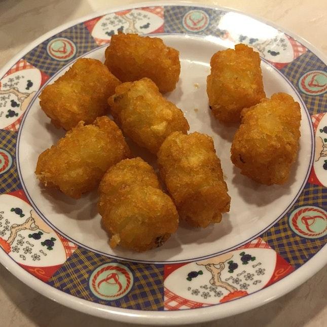 Hash browns #sgeats #followme #foodblogger #singaporefood #delicious #yummy #foodgasm #foodstamping #sgfood #foodoftheday #foodporn #burpple #foodspotting #fatdieme #foodgasm #instafood #openricesg #justeat #foodphotography #8dayseatout #instasg #umakemehungry #lifeisdeliciousinsg #foodblogs #nomnomnom