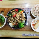 [Vegetarian] Black Pepper Mushroom Hotpot Set .